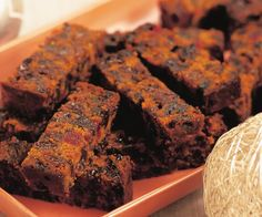 Easy melt-and-mix fruit cake recipe - By Australian Women's Weekly, Rich, dense fruit cake is a real treat to the connoisseur, and this easy melt-and-mix recipe make turning out a winner almost effortless. Easy Cake Recipes, Sweet Recipes, Dessert Recipes, Easy Fruit Cake Recipe, Fruit Cake Recipes, Quick Fruit Cake, Healthy Fruit Cake, Xmas Recipes, Fruit Snacks