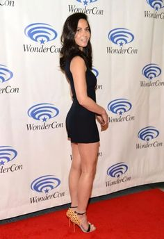 Olivia Munn sexy legs in a little black romper and ankle strap heels Lil Black Dress, Black Romper, Beautiful Celebrities, Beautiful Actresses, Female Celebrities, Hollywood Red Carpet, Celebrity Faces, Celebrity Beauty, Celebrity Photos