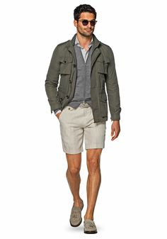 Suitsupply Outerwear: Step up your outerwear game with Suitsupply's sartorial excellence: tapered field jackets, wool peacoats and dapper duffle jackets. Gq Style, Men Style Tips, Casual Chic Style, Men Casual, Style Ideas, Grey Loafers, Loafers Outfit, Loafers Men, Dress Shorts Outfit