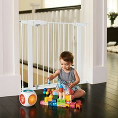 Munchkin Easy Close Metal Baby Gate >>> Details can be found by clicking on the image.-It is an affiliate link to Amazon.
