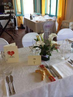 Segna tavoli. Tema: fiori