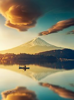 Mont Fuji, Japan 🇯🇵 Photograph By Monte Fuji, Mount Fuji Japan, Nature Photography, Travel Photography, Morning Photography, Outdoor Photography, Voyager Loin, Japan Photo, Blog Voyage
