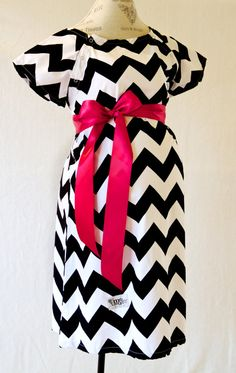 Maternity Hospital Delivery Gown in Black Chevron by modmum, $59.00