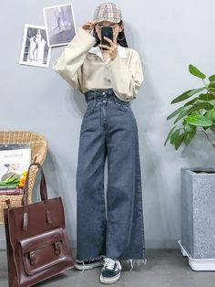 40 best ideas for fashion street casual classy 18 Korean Girl Fashion, Korean Fashion Trends, Korean Street Fashion, Korea Fashion, Asian Fashion, Look Fashion, Ulzzang Fashion Summer, Pretty Outfits, Stylish Outfits