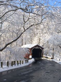 Original Pinner wrote: Covered bridge in, Lancaster County Central Park. Lancaster, Pennsylvania Such a beautiful snow! I took this pic with my iPhone on Old Bridges, Winter Scenery, Country Scenes, Snow Scenes, Winter Pictures, Covered Bridges, Winter Landscape, Belle Photo, Beautiful Landscapes