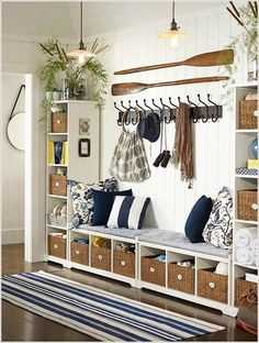 Decorate Your Walls in Nautical Style 1