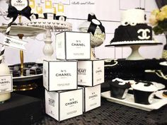 Chanel inspired bridal shower via Kara's Party Ideas KarasPartyIdeas.com Cake, decor, printables, cupcakes, favors, and more! #chanel #cocochanel #chanelparty #chanelpartyideas (5) Chanel Birthday Party, Chanel Party, 35th Birthday, Birthday Parties, Chanel Bridal Shower, Cake Pops, Sweet 16 Themes, Paris Party, Festa Party