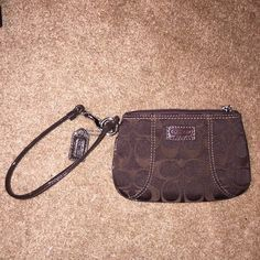NWOT Coach Wristlet Never used! Perfect condition! Accepting Offers:) Coach Bags Clutches & Wristlets