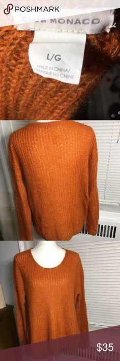 Club Monaco VNeck Sweater Great Condition- V Neck Sweater Club Monaco Sweaters V-Necks