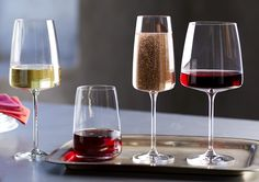 Wine Cellar Design, Table Setting Inspiration, Wine Table, Wine Rack, Red Wine, Alcoholic Drinks, Burgundy, Hardware, Bottle