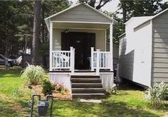 Mortgage-Free Family's Remodelled 320 Square Foot Shotgun Home Cost $15,000 (Video) : TreeHugger