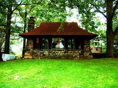 Quaint Cottage by lakewentworth, via Flickr