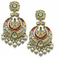Satyanarayan J Jadia & Sons Jewellers Pvt Ltd Gold Jhumka Earrings, Indian Jewelry Earrings, Indian Jewelry Sets, Jewelry Design Earrings, Indian Wedding Jewelry, India Jewelry, Bridal Jewelry, Jewellery Designs, Amrapali Jewellery