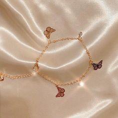 Stylish Jewelry, Cute Jewelry, Jewelry Accessories, Fashion Jewelry, Jewelry Design, Designer Jewelry, Hand Jewelry, Viking Jewelry, Jewlery