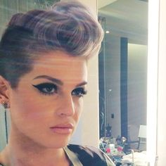Undercut. Short hair inspiration. Pastel hair. Purple hair. Violet hair. Kelly Osbourne.