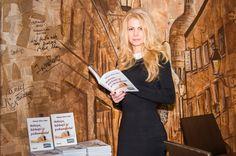 Book launch Roman/carte/chick lit Natasa, barbatii si psihanalistul - Natasa Alina Culea
