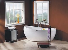 LineaAqua Dulce Jetted Freestanding Whirlpool Bath Tub with Champagne Bubble Jets
