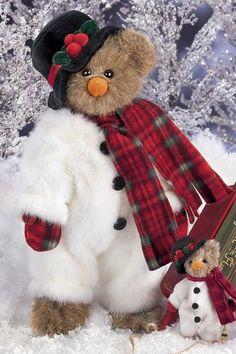 "Bearington Christmas Bear ""Willie Melt"" / bearingtoncollection.com"