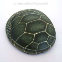 Unique Hand Painted Sea Turtle Rock by Roberto Rizzo Feather Painting, Stone Painting, Turtle Painted Rocks, Painted Stones, Turtle Rock, Turtle Painting, Pet Rocks, Rock Crafts, Panzer
