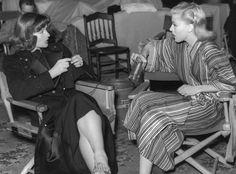Katharine Hepburn y Ginger Rogers. http://knit-kit.blogspot.com.es/2010/12/hollywood-legenden-am-stricken.html#comment-form