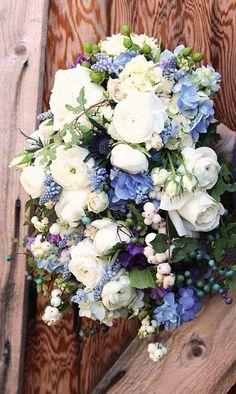 Beautiful Blue and White Centerpiece Inspiration