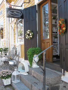 Kodin Kruunu, Old Porvoo www.visitporvoo.fi Finland, Restaurants, Shops, Diners, Tents, Restaurant, Retail Stores