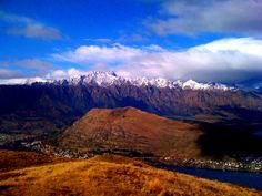 New Zealand Backpacking Trips | Epic Queenstown New Zealand Day Trip: Hiking Mount Alfred ...