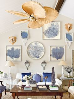 Amazing 37 Sea and Beach Inspired Living Rooms : 37 Sea And Beach Inspired Living Rooms With White Blue Brown Wall Color Table Sofa Pillow Lamp Carpet And See Wall Accessories And Plant Decor With Hardwood Floor Coastal Living Rooms, My Living Room, Living Room Decor, Kitchen Living, Coastal Style, Coastal Decor, Coastal Cottage, Coastal Homes, Style At Home