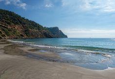 Das sind die schönsten Strände auf Ibiza | Urlaubsguru Strand, Beach, Water, Traveling, Outdoor, Nice Asses, Gripe Water, Viajes, Outdoors