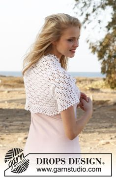 "Free pattern: Crochet DROPS bolero with lace pattern in ""Cotton Viscose"". Size: S - XXXL ~ #DROPSDesign #Garnstudio"