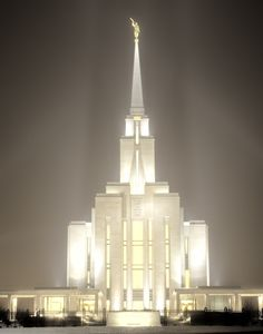 Oquirrh Mountain LDS Temple I went through this temple before it was dedicated :) And then I received my endowment here a few years later. I love this temple. Lds Temple Pictures, Lds Pictures, Church Pictures, Mormon Temples, Lds Temples, Later Day Saints, Lds Art, Lds Mormon, Lds Church