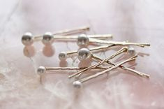 {this is glamorous} : adventures in love, design, fashion, home decor, food and travel: {style inspiration | how to : mermaid pearl hairpins at chanel}