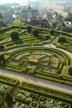 Parterre - Topiary Garden at Chateau de Hautefort, in Hautefort, Dordogne… Amazing Gardens, Beautiful Gardens, Famous Gardens, Landscape Architecture, Landscape Design, Landscape Photos, Gardens Of The World, Topiary Garden, Dordogne