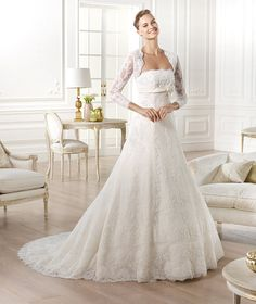 GOMERA » Wedding Dresses » 2014 Costura Collection » Pronovias (Shown with removable long sleeve Lace Jacket)