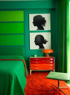 25 Stunning Bedroom Designs with Bold Color Scheme