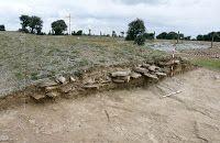 Sección de la vía romana excavada por Manuel Jiménez González en 2010.