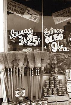 store front 1940 Salem, ILL