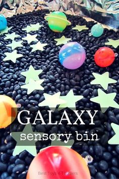 Amazing, glowing and fun galaxy sensory bin for all little space, stars, moon and planet lovers! #spacetheme #galaxy #science #stem #sensorybin #sensorytub #sensoryplay #besttoys4tots Sensory Tubs, Sensory Boxes, Sensory Activities, Sensory Play, Kindergarten Sensory, Toddler Sensory Bins, Sensory Diet, Space Theme Preschool, Planets Preschool