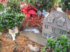 Christmas Fairy Gardens: Enchanted Dwellings