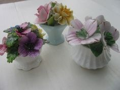 SET OF 3 MADE IN ENGLAND GENUINE BONE CHINA MINIATURE FLOWER POT BOUQUETS!