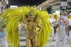 Bianca Leão veio representando a 'Chama da Vitória' no desfile da União da Ilha, neste domingo, 7 de... - AGNews
