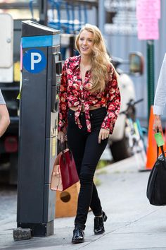 Blake Lively wearing Lindsey Thornburg Lindsey Tie Front Shirt and Louis Vuitton Christian Louboutin Shopping Tote
