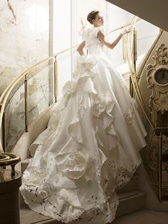 Katsura Yumi - beautiful gown -- プレタクチュール 新作コレクション:桂由美ウェディングドレス直営店