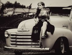 57 Ideas Vintage Truck Tattoo Pin Up For 2019 Pink Truck, Black Truck, New Pickup Trucks, Chevy Trucks, Chevy Pickups, General Motors, Classic Trucks, Classic Cars, Le Burlesque