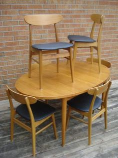 Toronto: Teak Dining Table and Six Chairs $480 - http://furnishlyst.com/listings/925714