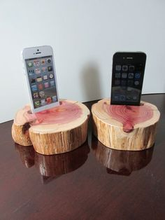 Hand made (USA) phone holder, charging & docking station for new iPhone 4 or 5 & 6 & 6 plus and itouch. Made from beautiful cedar wood - none are Wooden Crafts, Wooden Diy, Wood Shop Projects, Diy Projects, Custom Woodworking, Woodworking Projects, Wood Ipad Stand, Support Telephone, Great Father's Day Gifts
