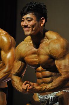 Kim Chang Geun (김창근, Korean Bodybuilder)