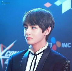 Find images and videos about kpop, bts and v on We Heart It - the app to get lost in what you love. Jimin, Bts Bangtan Boy, Bts Boys, Park Ji Min, Daegu, Foto Bts, Jung Hoseok, Kcon Mexico, Kpop
