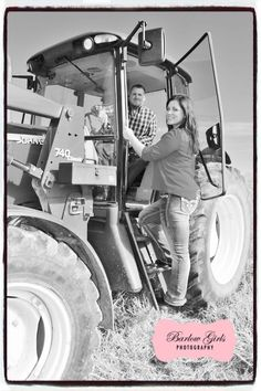 #tractor #couple #husbandandwife #farm #country #2014 #photography #familyphotography #couplesphotography #barlowgirls #barlowgirlsphotography