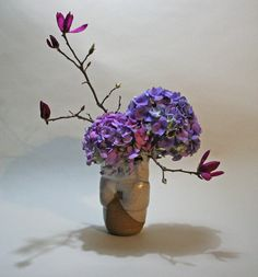 H i s t o r y o f I k e b a n a Ikebana, one of the traditional arts of Japan, has been practiced for more than 600 years. It developed from the Buddhist ritual of offering flowers to the spirits…